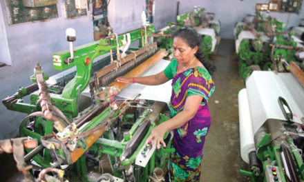 Weavers can Avail Yarn Bank Scheme