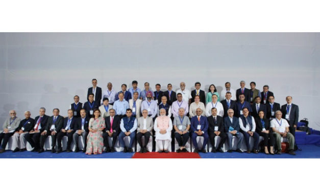 PM Modi meets with economists, industry experts ahead of Budget