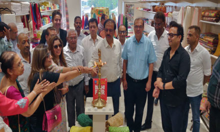 EPCH inaugurates Handicrafts Showroom in at Kevadia